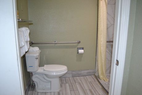 Welcome To Ocean Gate Inn - Accessible Private Bathroom